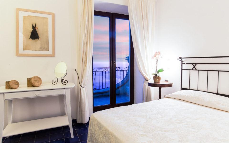 camera-superior-hotel-3-stelle-ischia-umberto-a-mare